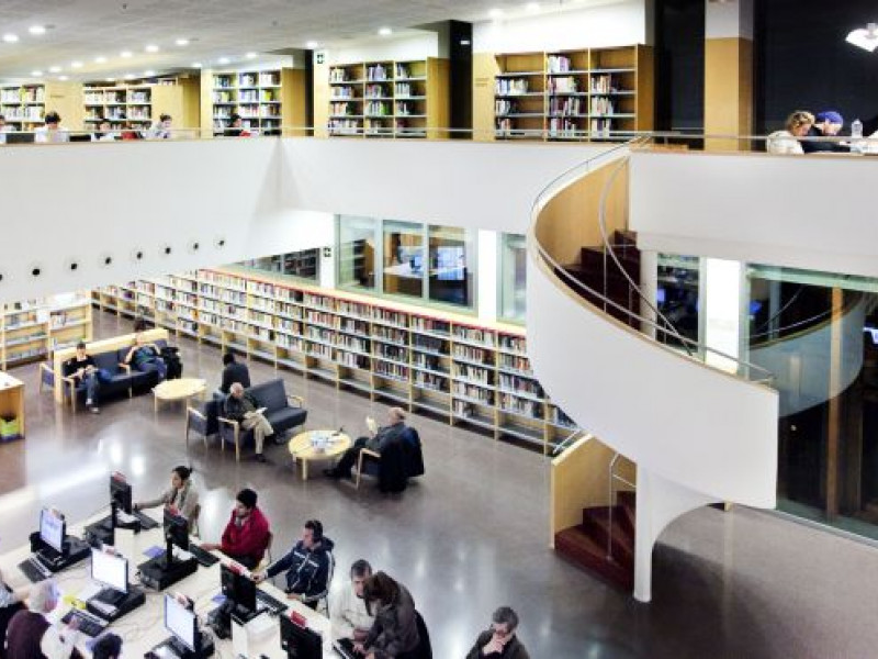 The libraries closest to your student apartment in Barcelona