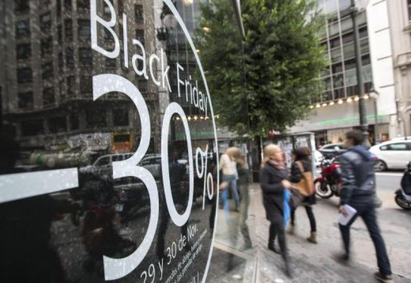Las compras navideñas llegan a Barcelona: Black Friday y Cybermonday