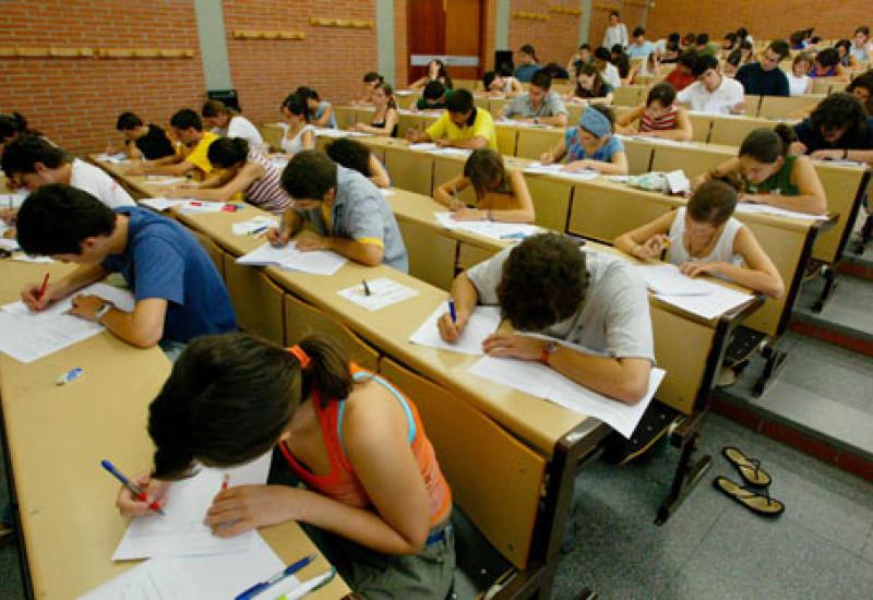 ¡ Exámenes a la vista! Programa el éxito de estudiar en Barcelona.